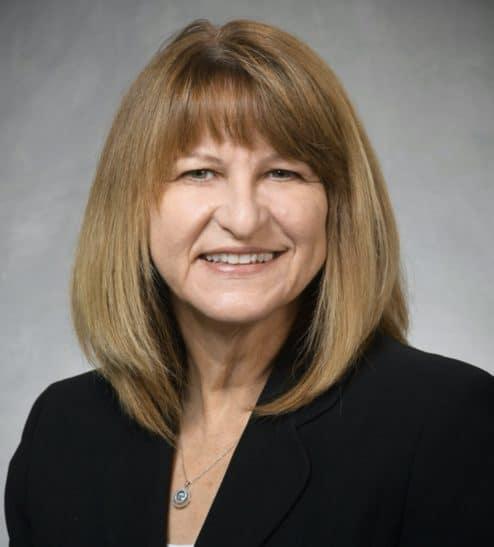 Expert - Lynda Zeller b
