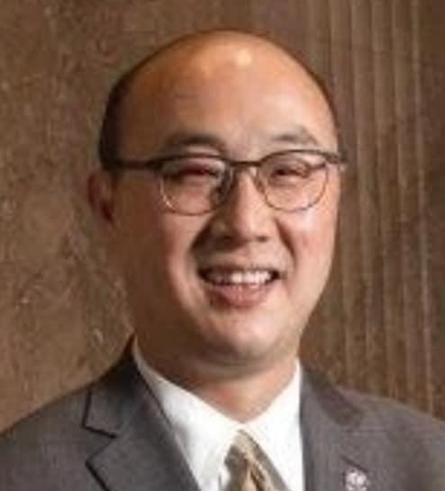 Experts - John Choi-min